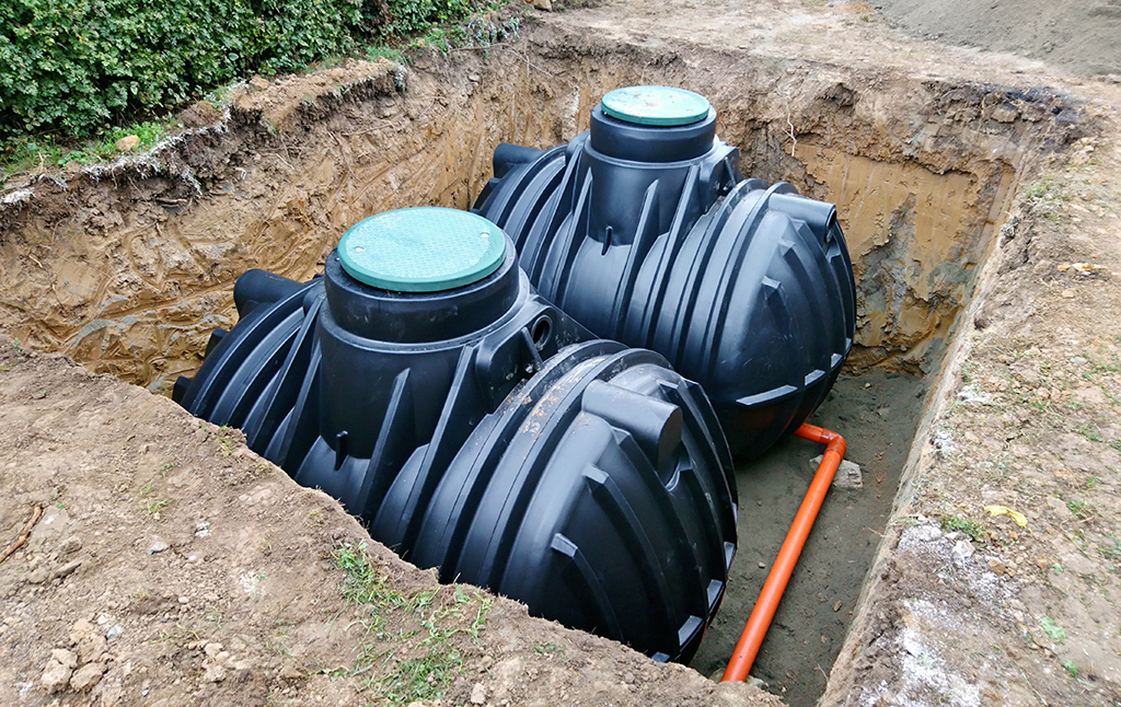 Signs Of Septic Tank Problems